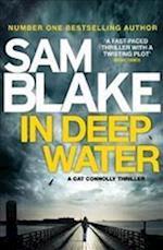 In Deep Water af Sam Blake