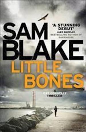 Bog, paperback Little Bones af Sam Blake