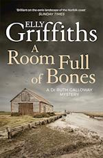A Room Full of Bones af Elly Griffiths