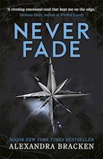 The Darkest Minds: Never Fade af Alexandra Bracken