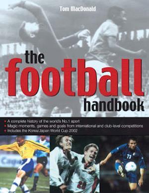 Bog, paperback The Football Handbook af Tom Macdonald