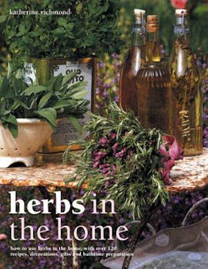 Bog, paperback Herbs in the Home af Katherine Richmond