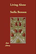 Living Alone af Stella Benson