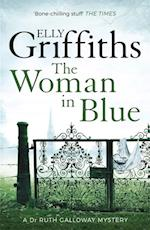 The Woman In Blue af Elly Griffiths