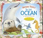 Nature Trails: In the Ocean (Nature Trails)