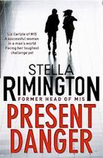 Present Danger af Stella Rimington
