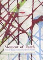 Moment of Earth af Christopher Meredith