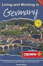 Living & Working in Germany (Living and Working in Germany)