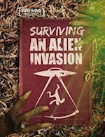 Surviving an Alien Invasion (Surviving the Impossible)