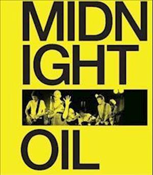 Bog, hardback Midnight Oil af Michael Lawrence