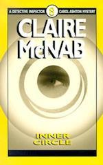 Inner Circle (Detective Inspector Carol Ashton Mysteries, nr. 8)