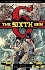 The Sixth Gun Volume 4 (The Sixth Gun, nr. 4)