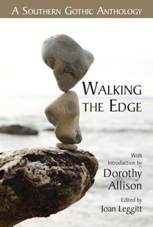 Bog, paperback Walking the Edge af Joan Leggitt