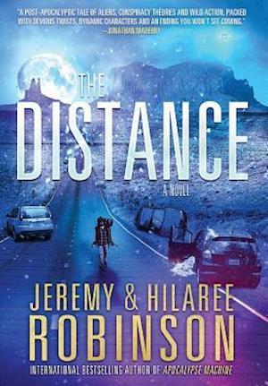 Bog, hardback The Distance af Jeremy Robinson, Hilaree Robinson