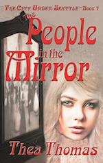 The People in the Mirror af Thea Thomas