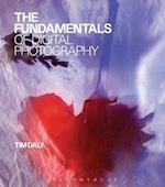 The Fundamentals of Digital Photography af Tim Daly