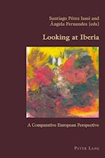 Looking at Iberia af Santiago Perez Isasi
