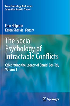 Bog, hæftet The Social Psychology of Intractable Conflicts : Celebrating the Legacy of Daniel Bar-Tal, Volume I