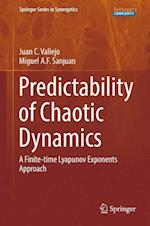 Predictability of Chaotic Dynamics : A Finite-time Lyapunov Exponents Approach