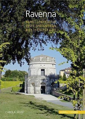 Bog, paperback Ravenna af Carola Jaggi