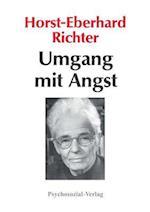 Umgang Mit Angst af Horst-Eberhard Richter