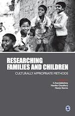Researching Families and Children af Nandita Chaudhary, S Anandalakshmy, Neerja Sharma