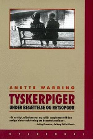 Bog, hæftet Tyskerpiger af Anette Warring