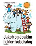 Jakob og Joakim holder fødselsdag af Jørgen Clevin