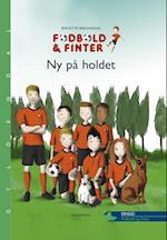 Fodbold & finter - ny på holdet (Dingo - Grøn*** (Primært for 1.-2. skoleår), nr. 1)