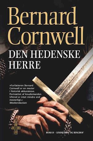 Bog, paperback Den hedenske herre af Bernard Cornwell