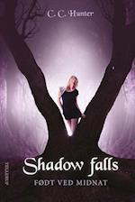 Født ved midnat (Shadow Falls, nr. 1)
