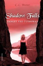 Shadow Falls #3: Fanget ved tusmørke (Shadow Falls, nr. 3)