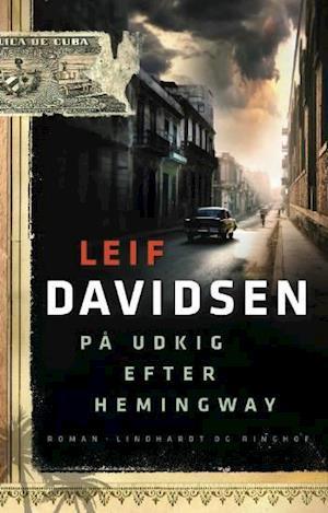 Bog, indbundet På udkig efter Hemingway af Leif Davidsen