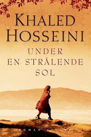Bog, paperback Under en strålende sol af Khaled Hosseini