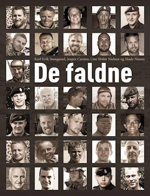 Bog, hæftet De faldne af Line Holm Nielsen, Jesper Caruso, Karl Erik Stougaard