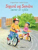 Sigurd og Sandra lærer at cykle