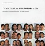 Den stille mangfoldighed af Julie Edel Hardenberg