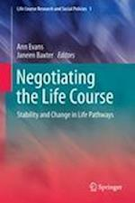 Negotiating the Life Course af Ann Evans