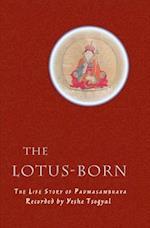 The Lotus-Born af Yeshe Tsogyal