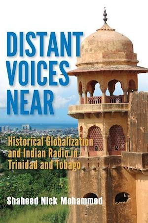 Bog, paperback Distant Voices Near af Shaheed Nick Mohammed